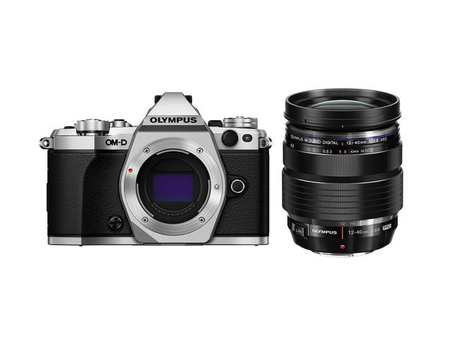 Mirrorless Olympus OM-D E-M5 Mark II с ED 12-40mm f/2.8 PRO