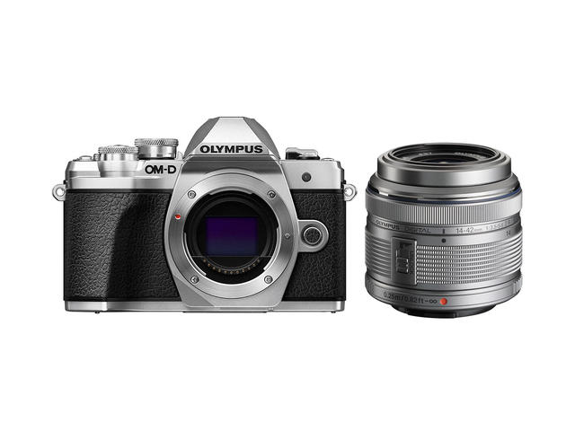 Mirrorless Olympus OM-D E-M10 Mark III с 14-42mm f/3.5-5.6 II R