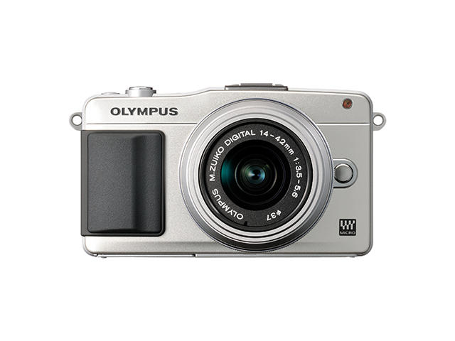 Mirrorless Olympus Pen E-PM2 с 14‑42mm f/3.5‑5.6 II R и Body Cap Lens 15mm f/8